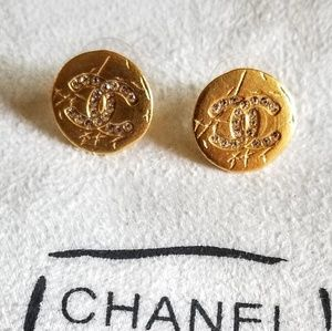 Authentic  Chanel button  crystal CC studs